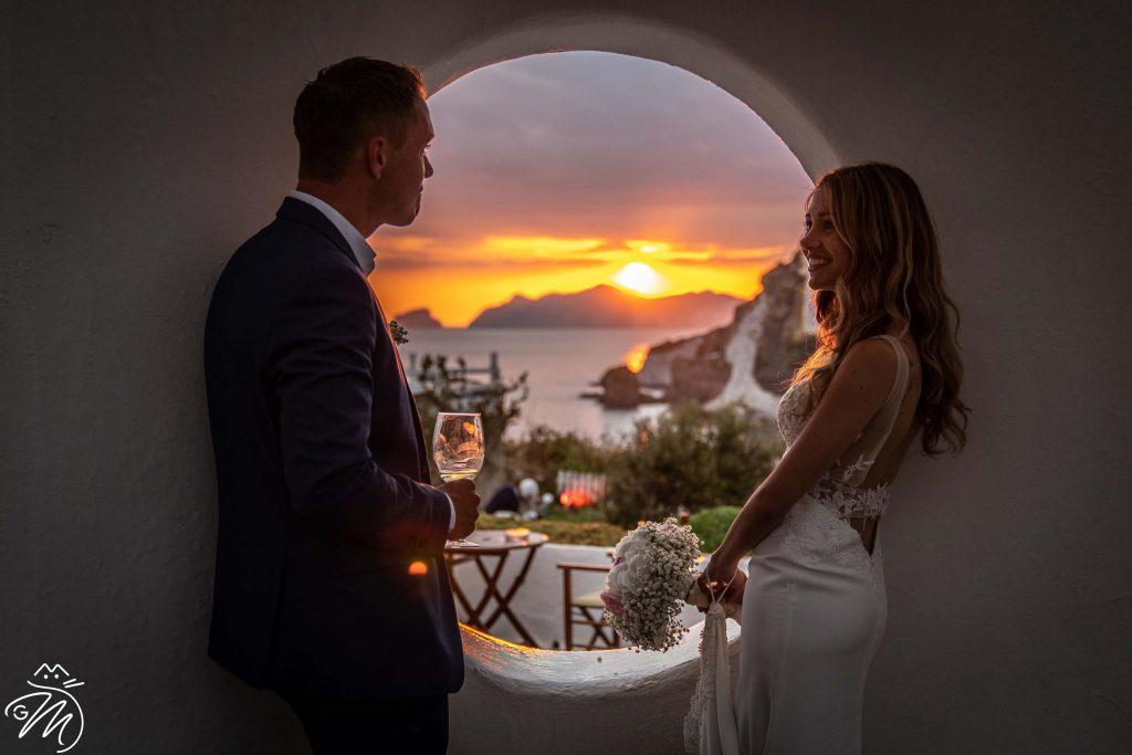 Foto di un matrimonio creativo sull'isola di Ponza
